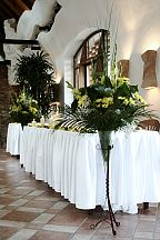 Decoration for the wedding table (264)
