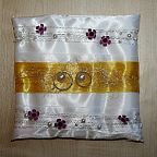 Cushion for the wedding rings (625)