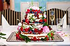 Floral decoration for the wedding cake (716)