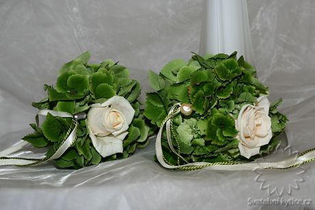 Bouquets for bridesmaids
